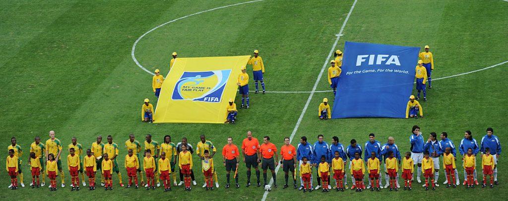 Das Eröffungsspiel des Fifa Confederations Cup 2009 zwischen Südafrika und dem Irak im Ellis Park stadium in Johannesburg on June 14, 2009. AFP PHOTO / VINCENZO PINTO