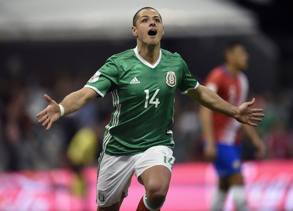 Mexico's Javier Hernandez gegen Costa Rica am 24.März 2017 im neuen Mexiko-Trikot. / AFP PHOTO / ALFREDO ESTRELLA /